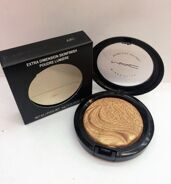 MAA-C AB1 extra dimension skinfinish poudre lumiere