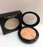 MAA-C AB9 extra dimension skinfinish poudre lumiere