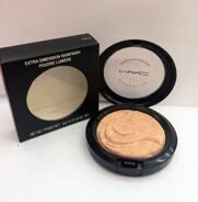 MAA-C AB10 extra dimension skinfinish poudre lumiere