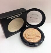 MAA-C AB5 extra dimension skinfinish poudre lumiere